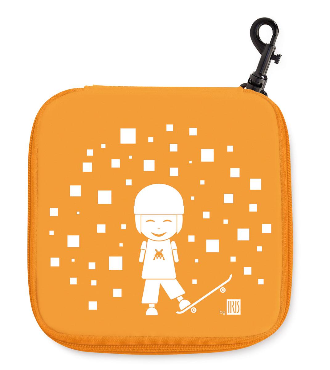Термобутербродница Iris Barcelona Kids, цвет: оранжевый, 15 х 15 смАксион Т-33Термобутербродница Iris Barcelona Kids идеально подходит, чтобы взять ее в школу, на прогулку или в поездку. В течение нескольких часов сохранит еду свежей и вкусной благодаря специальному внутреннему покрытию из теплоизолирующего материала. Специальный фиксирующий поясок не позволит бутерброду распасться. Имеет внутренний карман для салфеток. Плотный материал стенок сохранит бутерброд от любых внешних воздействий и сохранит его форму. Можно написать имя и контактные данные владельца. Безопасный пластмассовый карабин позволит легко пристегнуть бутербродницу к ранцу или сумке.Заменяет все одноразовые упаковки. При бережном использовании прослужит не один год.