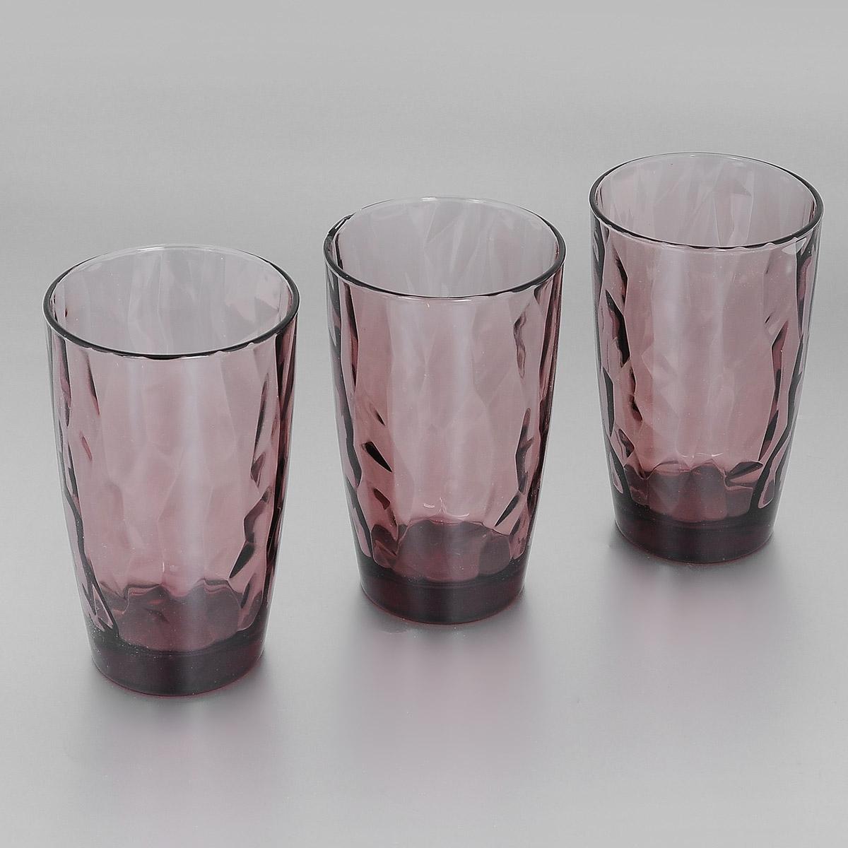 Набор стаканов Bormioli Rocco Diamond Rock Purple, 470 мл, 3 штVT-1520(SR)Набор Bormioli Rocco Diamond Rock Purple, выполненный из стекла, состоит из 3 высоких стаканов. Стаканы предназначены для подачи холодных напитков. С внутренней стороны поверхность стаканов рельефная, что создает эффект игры света и преломления. Благодаря такому набору пить напитки будет еще вкуснее.Стаканы Bormioli Rocco Diamond Rock Purple станут идеальным украшением праздничного стола и отличным подарком к любому празднику. С 1825 года компания Bormioli Rocco производит высококачественную посуду из стекла. На сегодняшний день это мировой лидер на рынке производства стеклянных изделий. Ассортимент, предлагаемый Bormioli Rocco необычайно широк - это бокалы, фужеры, рюмки, графины, кувшины, банки для сыпучих продуктов и консервирования, тарелки, салатники, чашки, контейнеры различных емкостей, предназначенные для хранения продуктов в холодильниках и морозильных камерах и т.д. Стекло сочетает в себе передовые технологии и традиционно высокое качество.