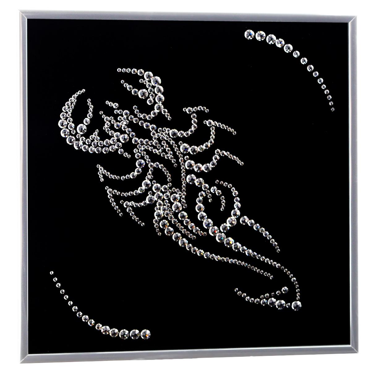 Картина с кристаллами Swarovski Знак зодиака. Скорпион, 26 см х 26 см296664Изящная картина в металлической раме, инкрустирована кристаллами Swarovski в виде знака зодиака - скорпион. Кристаллы Swarovski отличаются четкой и ровной огранкой, ярким блеском и чистотой цвета. Под стеклом картина оформлена бархатистой тканью, что прекрасно дополняет блеск кристаллов. С обратной стороны имеется металлическая петелька для размещения картины на стене. Картина с кристаллами Swarovski Знак зодиака. Скорпион элегантно украсит интерьер дома или офиса, а также станет прекрасным подарком, который обязательно понравится получателю. Блеск кристаллов в интерьере, что может быть сказочнее и удивительнее. Картина упакована в подарочную картонную коробку синего цвета и комплектуется сертификатом соответствия Swarovski.
