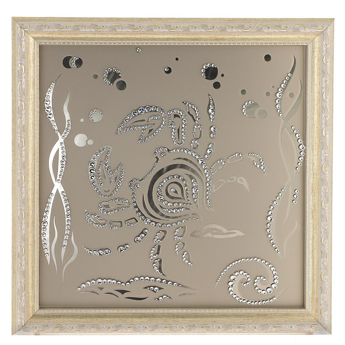 Картина с кристаллами Swarovski Знак зодиака. Рак, 35 х 35 смIDEA FL2-02Изящная картина в багетной раме Знак зодиака. Рак инкрустирована кристаллами Swarovski, которые отличаются четкой и ровной огранкой, ярким блеском и чистотой цвета. Идеально подобранная палитра кристаллов прекрасно дополняет картину. С задней стороны изделие оснащено проволокой для размещения на стене. Картина с кристаллами Swarovski элегантно украсит интерьер дома, а также станет прекрасным подарком, который обязательно понравится получателю. Блеск кристаллов в интерьере - что может быть сказочнее и удивительнее. Изделие упаковано в подарочную картонную коробку синего цвета и комплектуется сертификатом соответствия Swarovski.
