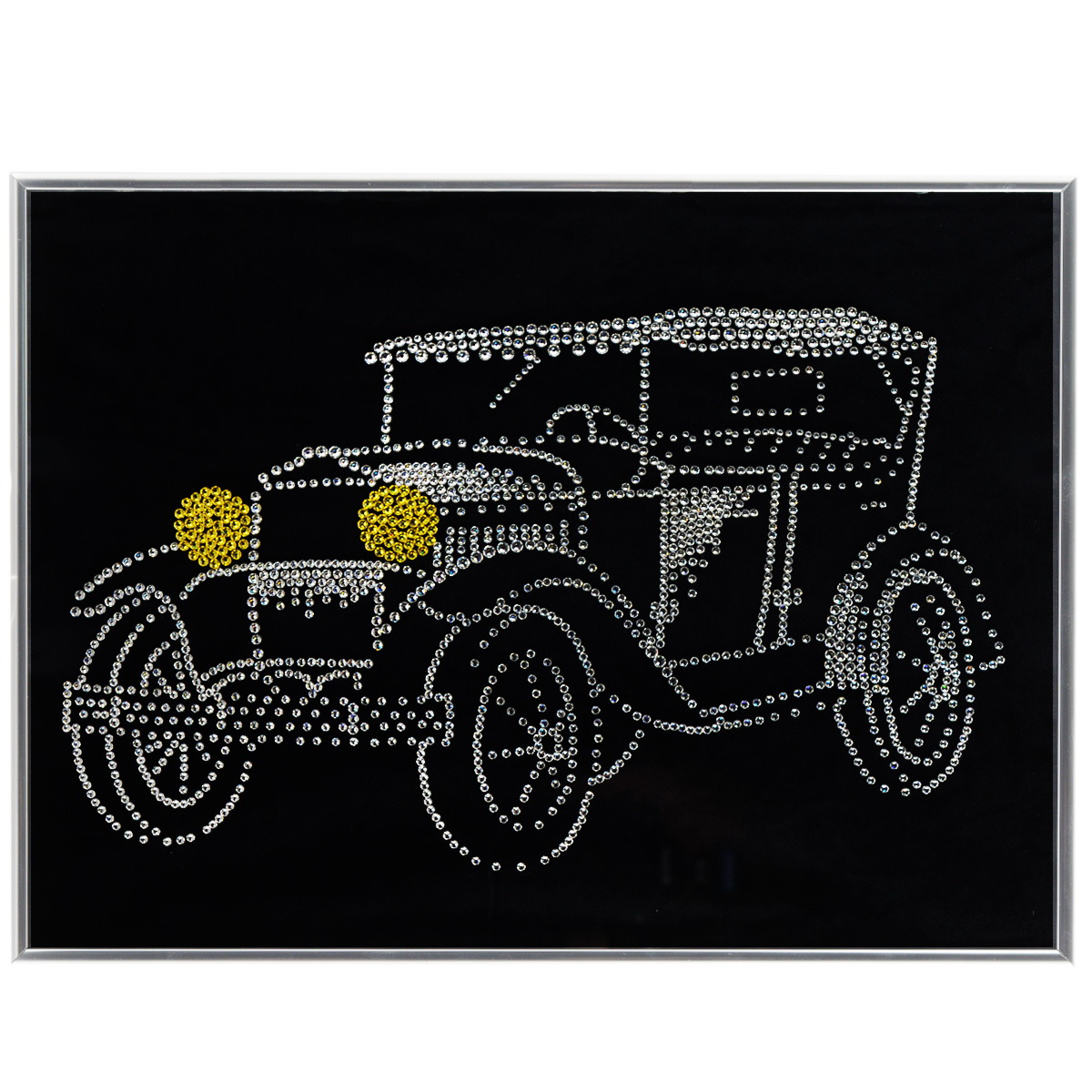 Картина с кристаллами Swarovski Ретроавтомобиль, 40 см х 30 см853066Изящная картина в металлической раме, инкрустирована кристаллами Swarovski в виде ретро автомобиля. Кристаллы Swarovski отличаются четкой и ровной огранкой, ярким блеском и чистотой цвета. Под стеклом картина оформлена бархатистой тканью, что прекрасно дополняет блеск кристаллов. С обратной стороны имеется металлическая проволока для размещения картины на стене. Картина с кристаллами Swarovski Ретроавтомобиль элегантно украсит интерьер дома или офиса, а также станет прекрасным подарком, который обязательно понравится получателю. Блеск кристаллов в интерьере, что может быть сказочнее и удивительнее. Картина упакована в подарочную картонную коробку синего цвета и комплектуется сертификатом соответствия Swarovski.