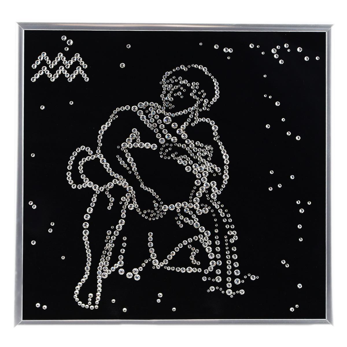 Картина с кристаллами Swarovski Знак зодиака. Водолей, 26 см х 26 смIDEA CT3-11Изящная картина в металлической раме, инкрустирована кристаллами Swarovski в виде знака зодиака - водолей. Кристаллы Swarovski отличаются четкой и ровной огранкой, ярким блеском и чистотой цвета. Под стеклом картина оформлена бархатистой тканью, что прекрасно дополняет блеск кристаллов. С обратной стороны имеется металлическая петелька для размещения картины на стене. Картина с кристаллами Swarovski Знак зодиака. Водолей элегантно украсит интерьер дома или офиса, а также станет прекрасным подарком, который обязательно понравится получателю. Блеск кристаллов в интерьере, что может быть сказочнее и удивительнее. Картина упакована в подарочную картонную коробку синего цвета и комплектуется сертификатом соответствия Swarovski.