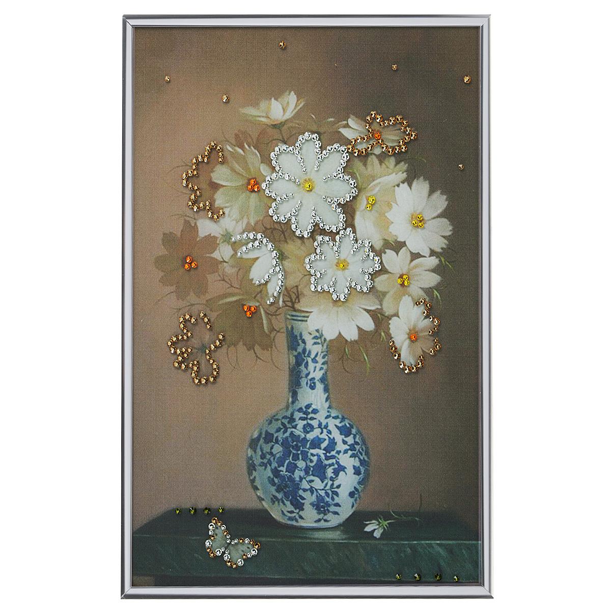 Картина с кристаллами Swarovski Недотрога, 20 х 30 см853133Изящная картина в металлической раме, инкрустирована кристаллами Swarovski, которые отличаются четкой и ровной огранкой, ярким блеском и чистотой цвета. Красочное изображение цветов в вазе, расположенное под стеклом, прекрасно дополняет блеск кристаллов. С обратной стороны имеется металлическая петелька для размещения картины на стене.Картина с кристаллами Swarovski Недотрога элегантно украсит интерьер дома или офиса, а также станет прекрасным подарком, который обязательно понравится получателю. Блеск кристаллов в интерьере, что может быть сказочнее и удивительнее. Картина упакована в подарочную картонную коробку синего цвета и комплектуется сертификатом соответствия Swarovski.