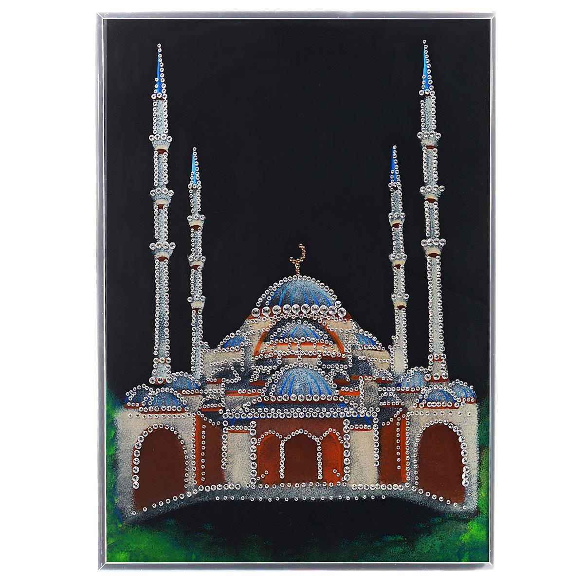 Картина с кристаллами Swarovski Мечеть, 30 см х 40 смPM-4002Изящная картина в алюминиевой раме Мечеть инкрустирована кристаллами Swarovski, которые отличаются четкой и ровной огранкой, ярким блеском и чистотой цвета. Идеально подобранная палитра кристаллов прекрасно дополняет картину. С задней стороны изделие оснащено специальной металлической петелькой для размещения на стене. Картина с кристаллами Swarovski элегантно украсит интерьер дома, а также станет прекрасным подарком, который обязательно понравится получателю. Блеск кристаллов в интерьере - что может быть сказочнее и удивительнее. Изделие упаковано в подарочную картонную коробку синего цвета и комплектуется сертификатом соответствия Swarovski.
