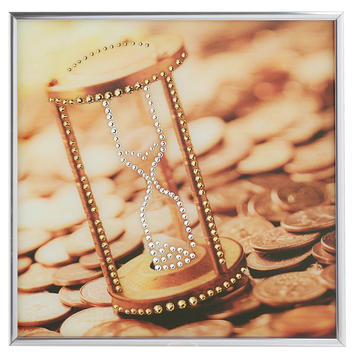 Картина с кристаллами Swarovski Время деньги, 25 х 25 смIDEA FL2-01Изящная картина в металлической раме, инкрустирована кристаллами Swarovski, которые отличаются четкой и ровной огранкой, ярким блеском и чистотой цвета. Красочное изображение песочных часов и монет, расположенное под стеклом, прекрасно дополняет блеск кристаллов. С обратной стороны имеется металлическая петелька для размещения картины на стене.Картина с кристаллами Swarovski Время деньги элегантно украсит интерьер дома или офиса, а также станет прекрасным подарком, который обязательно понравится получателю. Блеск кристаллов в интерьере, что может быть сказочнее и удивительнее. Картина упакована в подарочную картонную коробку синего цвета и комплектуется сертификатом соответствия Swarovski.