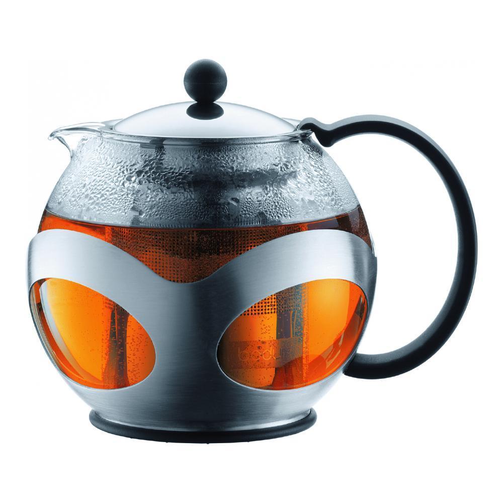 Френч-пресс Bodum Kenya, 500 мл54 009312Френч-пресс Bodum Kenya, выполненный из термостойкого стекла, послужит вам не только для приготовления чая, но и для подачи чая к столу. Благодаря резервуару из прозрачного стекла можно легко определить момент закипания воды, а также количество оставшегося чая в френч-прессе. Крышка и фильтр чайника, отделяющий чайные листья от воды, выполнены из высококачественной нержавеющей стали.Эстетичный и функциональный, с эксклюзивным дизайном, френч-пресс Bodum Kenya дополнит интерьер и придаст ему оригинальности.Высота чайника (с учетом крышки): 14 см.Диаметр основания: 8 см.Диаметр по верхнему краю: 8 см.