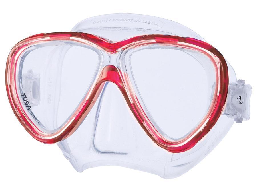 Маска для плавания Tusa Freedom One, цвет: красныйTS M-211 HRНовинка 2013 года.В маске применен ряд новых революционных технологий, обеспечивающих комфорт и прилегание маски к лицу. Ячеистая структура обтюратора переменной величины и диаметра в районе скул и по краям лба делают его более мягким и эластичным, что обеспечивает лучшее прилегании и уменьшает вероятность протекания.Переменная толщина силикона обтюратора в районе рта и нижней части носа делают процесс использования трубки максимально комфортным.Обтюратор по линии соприкосновения с кожей имеет поверхность пониженного трения и большую площадь соприкосновения с кожей.В данной маске применена недавно разработанная низкопрофильная пряжка, которая крепится прямо к силиконовому обтюратору.В результате получается компактная, легкая и технологически более совершенная модель маски, которую можно просто и быстро настроить под себя, добившись оптимального прилегания. Характеристики: Цвет: красный. Ширина оправы маски: 16 см. Размер упаковки: 20 см x 10,5 см x 11 см. Материал: силикон, стекло, пластик. Артикул: TS M-211 HR.Производитель: Тайвань.