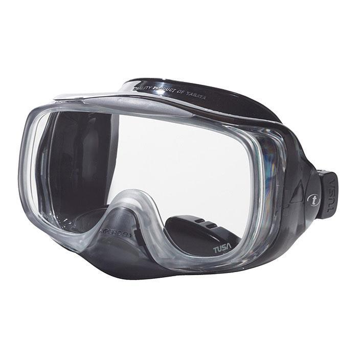 Маска для плавания Tusa Imprex 3D Hyperdry, цвет: прозрачный, черныйTS M-32 BKМаска с системой Hyperdry (односторонний дренажный клапан) для легкого очищения маски от воды. Все, что необходимо сделать для удаления воды из-под маски - это выдох носом. Как только маска очистилась, клапан закрывается.Рамка маски имеет облегченную конструкцию и низкопрофильный дизайн.Маска обеспечивает исключительный обзор благодаря широкой фронтальной и двум боковым линзам. Характеристики: Цвет: прозрачный, черный. Ширина оправы маски: 16 см. Размер упаковки: 20,5 см x 11 см x 12 см. Материал: силикон, стекло, пластик. Артикул: TS M-32 BK.Производитель: Тайвань.