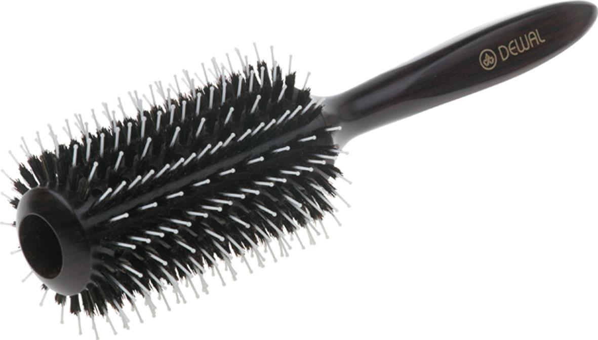 Dewal Расческа круглая с пластиковым штифтом и натуральной щетиной. BR20709612ASSNВ ассортименте торговой марки Dewal имеются расчески на все случаи жизни, с помощью которых можно выполнять стрижки, укладки, модельные причёски и другие манипуляции с волосами. Вообще расческа для волос считается для парикмахера самым простым, но при этом незаменимым инструментом. Брашинг из благородного темного дерева круглой формы с комбинированной щетиной (натуральная щетина + пластиковый штифт) обеспечивает более идеальное вытягивание волос (также для выпрямления вьющихся волос), удобная деревянная ручка и легкий вес создает дополнительное удобство при формировании прически. Продуваемая. Продуманная конструкция, эргономичный дизайн обеспечивают комфортную работу парикмахера. Расчёски с лёгкостью скользят по волосам, удобно ложатся в руку.Товар сертифицирован.