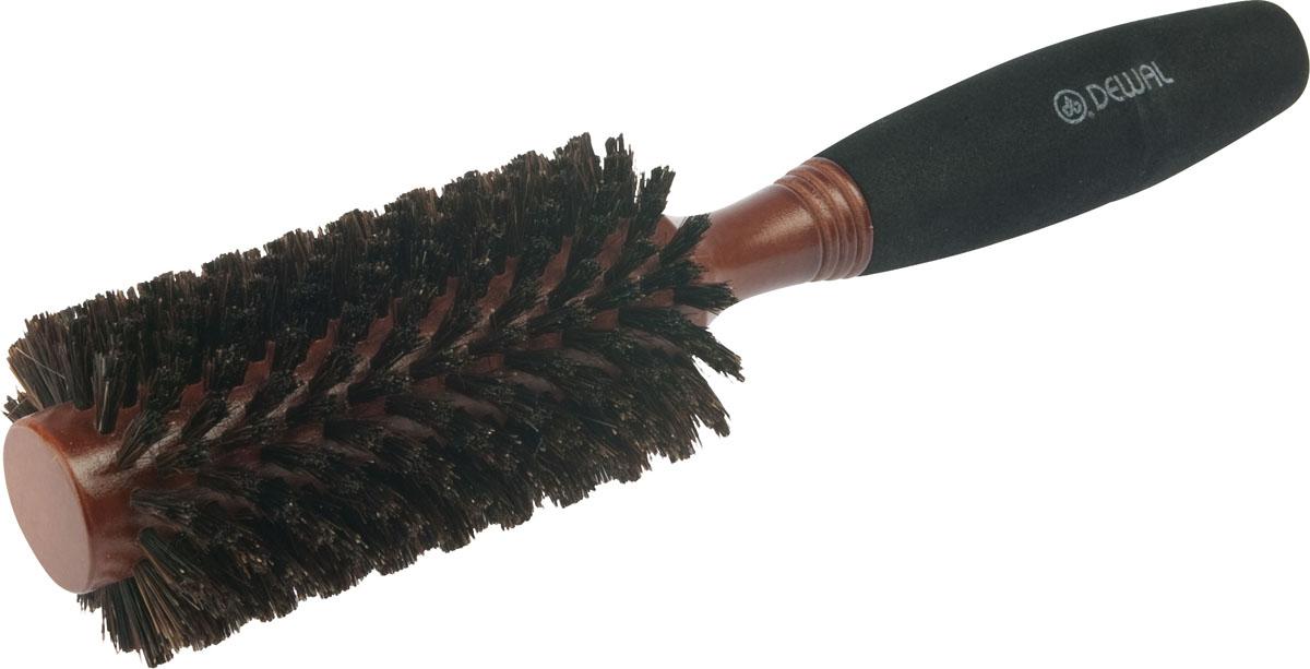 Dewal Расческа круглая, с натуральной щетиной и мягкой ручкой. BRWC603Satin Hair 7 BR730MNВ ассортименте торговой марки Dewal (Деваль) имеются расчески на все случаи жизни, с помощью которых можно выполнять стрижки, укладки, модельные причёски и другие манипуляции с волосами. Вообще расческа для волос считается для парикмахера самым простым, но при этом незаменимым инструментом. Брашинг круглой формы скомбинированной щетиной (натуральная щетина + пластиковый штифт) обеспечивает более идеальное вытягивание волос (также для выпрямления вьющихся волос), эргономичная ручка создает дополнительное удобство при формировании прически. Не продувная. Продуманная конструкция, эргономичный дизайн обеспечивают комфортную работу парикмахера. Расчёски с лёгкостью скользят по волосам, удобно ложатся в руку.Диаметр расчески (без учета щетины): 25 мм.Диаметр расчески (с учетом щетины): 45 мм. Товар сертифицирован.