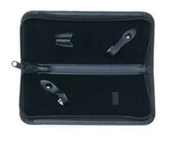 Tayo Футляр для хранения 2-х ножниц, 21,5 см х 8,5 см х 2,5 смSatin Hair 7 BR730MNФутляр для хранения и транспортировки парикмахерских ножниц. Предназначен для хранения 2-х ножниц.Футляр выполнен из кожзаменителя, застегивается на застежку-молнию. Внутри предусмотрены фиксаторы для ножниц. Товар сертифицирован.