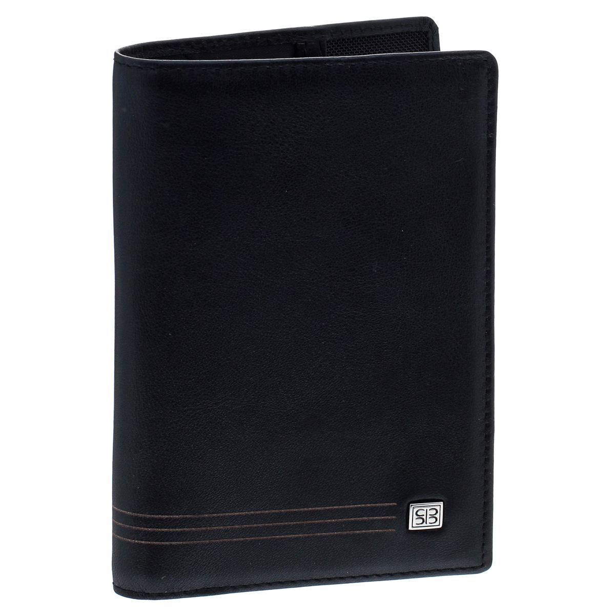 Обложка для паспорта Sergio Belotti, цвет: черный. 2464 west2464 westИзысканная обложка для паспорта Sergio Belotti выполнена из натуральной высококачественной кожи. На лицевой стороне изделие оформлено металлической пластиной с гравировкой в виде логотипа бренда, на внутренней стороне - тисненым названием бренда.Внутри расположены карман-уголок с кармашком для кредитной карты и кармашком для sim-карты и один карман с окошком из прозрачного пластика).Изделие упаковано в фирменную коробку.Модная обложка для паспорта не только поможет сохранить внешний вид вашего документа и защитить его от повреждений, но и станет стильным аксессуаром, который прекрасно дополнит ваш образ.