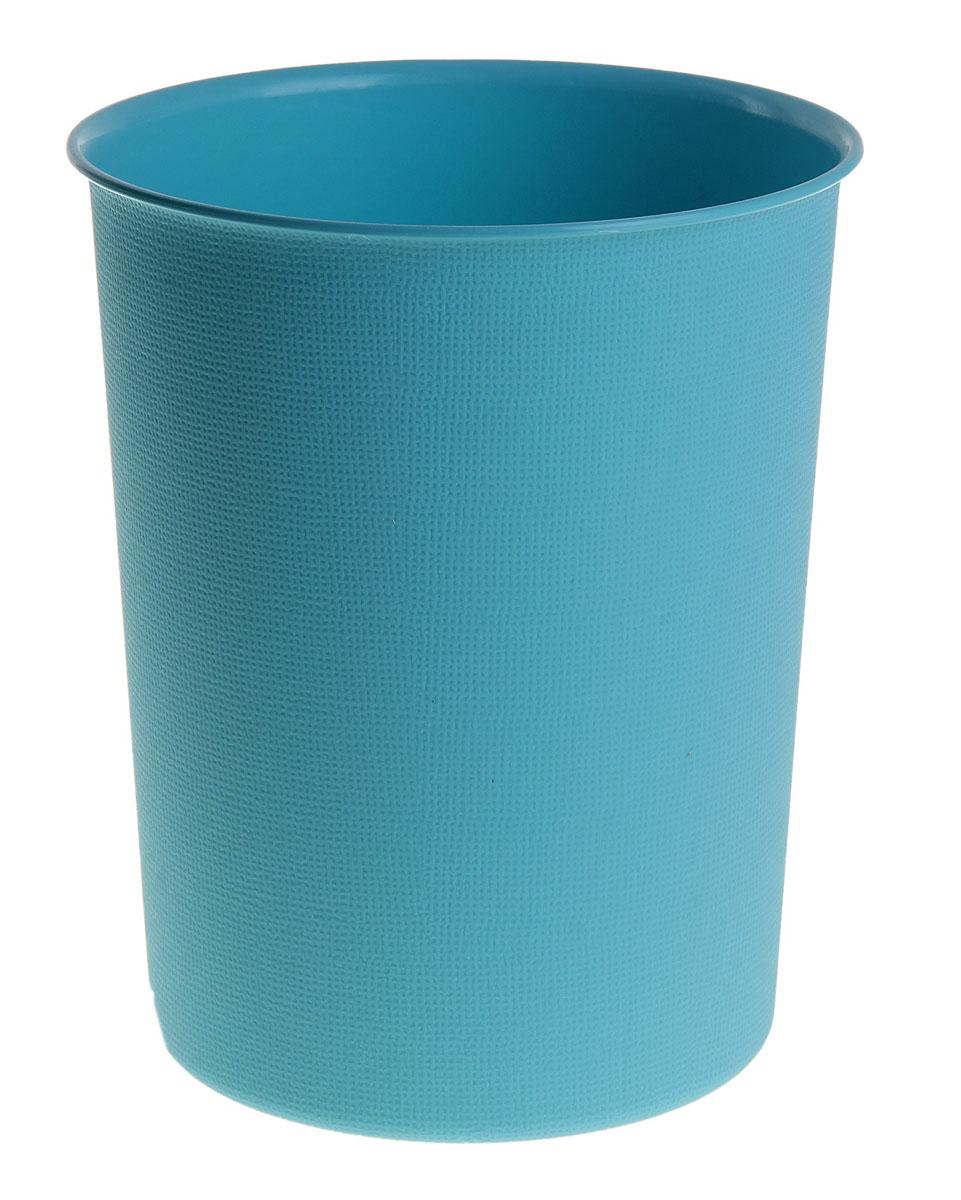 Ведерко Sima-land, пластиковое, цвет: синий, высота 24 см531-105Ведерко Sima-land изготовлено из пластика и предназначено для складывания мусора, различных мелких предметов и материалов. Поверхность изделия декорирована рельефным рисунком. Размер ведерка: 24 см х 19,5 см.Диаметр дна: 16 см.