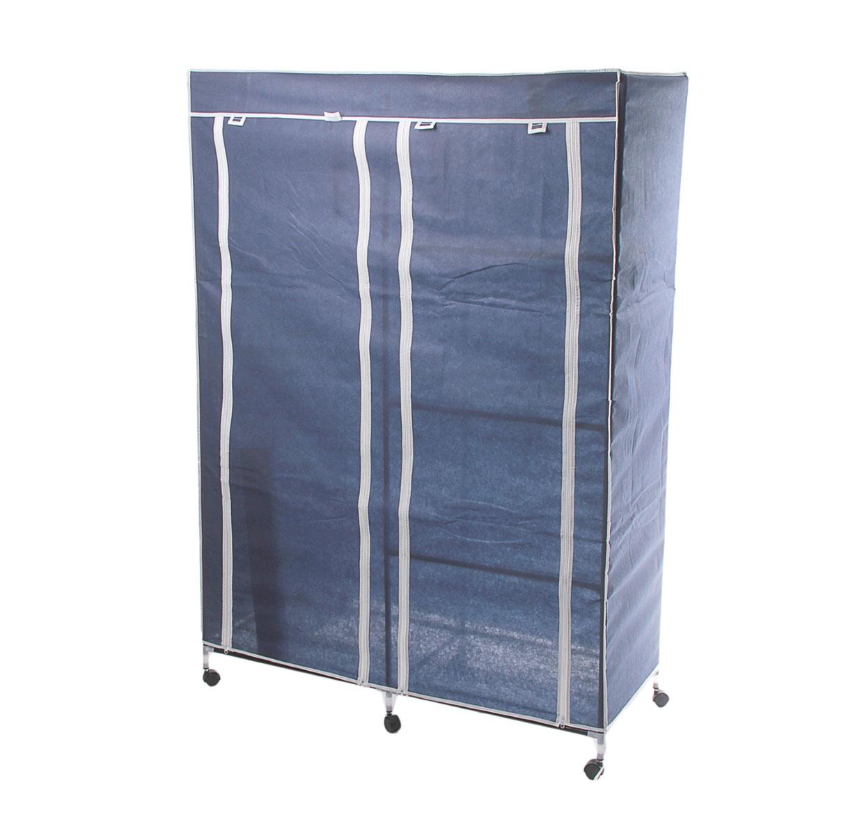 Мобильный шкаф для одежды Sima-land, цвет: синий, 120 см х 50 см х 175 см. 17892398295719Мобильный шкаф для одежды Sima-land, предназначенный для хранения одежды и других вещей, это отличное решение проблемы, когда наблюдается явный дефицит места или есть временная необходимость. Складной тканевый шкаф - это мобильная конструкция, состоящая из сборного металлического каркаса, на который натянут чехол из нетканого полотна. Корпус шкафа сделан из легкой, но прочной стали, а обивка из полиэстера, который можно легко стирать в стиральной машинке. Шкаф оснащен двумя отделами с текстильными дверями, которые закрываются на застежки-молнии. Чтобы открыть шкаф вы можете скрутить двери и зафиксировать их наверху с помощью ремешков на липучках. В одном отделе присутствует перекладина для хранения вещей на вешалках, во втором отделе - 3 вместительные полки. Изделие снабжено колесиками для удобной транспортировки.