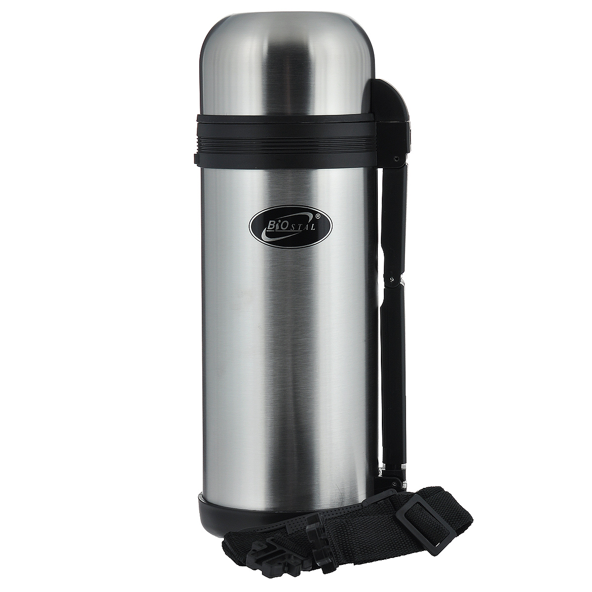 Термос BIOSTAL, 1,5 л. NG-1500-167742Универсальный пищевой термос BIOSTAL, изготовленный из высококачественной нержавеющей стали, относится к классической серии. Термосы этой серии, являющейся лидером продаж, просты в использовании, экономичны и многофункциональны. Универсальный термос выполняет функции термоса для еды (первого или второго) и термоса для напитков (кофе, чая). Это достигается благодаря специальной универсальной пробке, которая изготовлена из прочного пластика, легко разбирается для мытья и, обладая дополнительной теплоизоляцией, позволяет термосу дольше хранить тепло. Конструкция пробки позволяет использовать термос, как для напитков, так и для первых и вторых блюд. Изделие оснащено удобной ручкой, ремешком для переноски, крышкой-чашкой и дополнительной пластиковой чашкой. Легкий и прочный термос BIOSTAL сохранит ваши напитки и продукты горячими или холодными надолго.