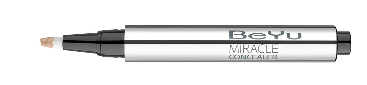 BeYu Консилер Hydro Miracle Concealer, увлажняющий, тон №2, 2,5 млFM 5567 weis-grauУвлажняющий консилер BeYu Hydro Miracle Concealer быстро и эффективно скрывает темные круги под глазами.Светоотражающие частицы скрывают морщинки и мелкие несовершенства кожи, создавая идеальный ровный тон. Инновационный состав увлажняет и защищает нежную кожу вокруг глаз.Благодаря аппликатору в форме кисти и легкой текстуре, консилер легко наносить на зону вокруг глаз и обеспечивает комфорт в течении всего дня.Научные тесты показали, что при ежедневном использовании (28 дней) повышается увлажненность кожи увеличивается на 37%, кожа становится более эластичной. Подходит для чувствительной кожи. Товар сертифицирован.