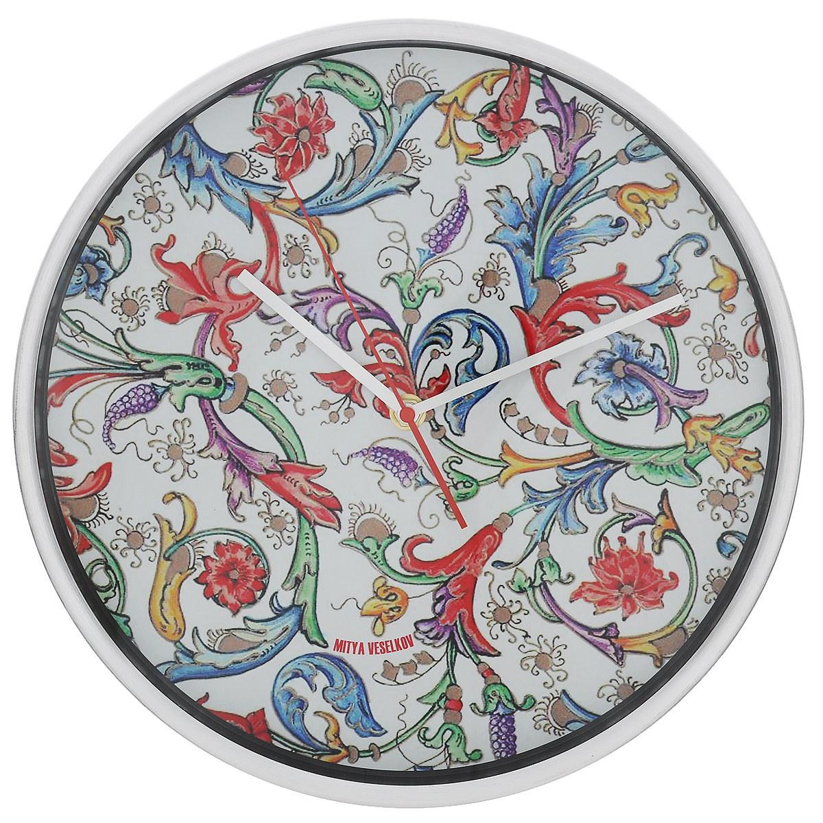 Часы настенные Райский сад (30см). MV-NAST082300074_ежевикаОригинальные настенные часы Mitya Veselkov Райский сад прекрасно дополнят интерьер комнаты. Круглый корпус часов выполнен из металла серебристого цвета с матовой полировкой. Циферблат оформлен красивыми узорами и защищен стеклом. Часы имеют три стрелки - часовую, минутную и секундную.Оформите свой дом таким интерьерным аксессуаром или преподнесите его в качестве презента друзьям, и они оценят ваш оригинальный вкус и неординарность подарка. Диаметр часов: 30 см. Толщина корпуса: 4 см. Часы работают от 1 батарейки типа АА (в комплект не входит).