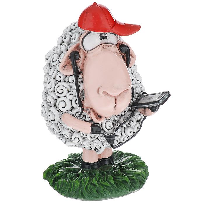 Статуэтка декоративная Comical World Овечка с телефоном, цвет: серый, красный12723Оригинальная декоративная статуэтка Comical World Овечка с телефоном выполнена из полистоуна в виде овечки, которая держит телефон. Такая статуэтка - отличный вариант для новогоднего подарка для ваших близких и друзей.