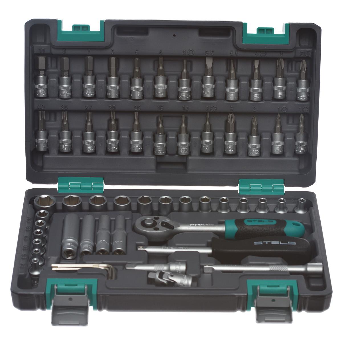 Набор инструментов Stels, 57 предметов98298130Набор инструментов торговой марки Stels разработан специально для автолюбителей и центров технического обслуживания. Каждый этап производства контролируется в соответствии с международными стандартами. Головки и комбинированные ключи изготовлены из хромованадиевой стали, придающей инструменту исключительную твердость в сочетании с легкостью. Набор упакован в кейс, изготовленный из жесткого противоударного пластика.Состав набора:Ключ трещоточный 1/4.Головки торцевые 1/4: 4 мм, 4,5 мм, 5 мм, 5,5 мм, 6 мм, 7 мм, 8 мм, 9 мм, 10 мм, 11 мм, 12 мм, 13 мм, 14 мм.Головки торцевые 1/4, удлиненные: 6 мм, 7 мм, 8 мм, 10 мм.Кардан шарнирный 1/4.Удлинители 1/4: 50 мм, 100 мм.Отвертка-битодержатель 1/4.Ключи шестигранные: 1,5 мм, 2 мм, 2,5 мм, 3 мм.Головки торцевые 1/4 со вставкой: Т8, Т10, Т15, Т20, Т25, Т27, Т30, Т40, E4, E5, E6, E7, E8, E10, PH1, PH2, PH3, PZ1, PZ2, PZ3, H3, H4, H5, H6, H7, H8, H10, SL4, SL5,5, SL6,5.