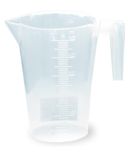 Мерный стакан Хозяюшка Мила, 500 млFS-91909Мерный стакан Хозяюшка Мила, выполненный из плотного полипропилена, станет незаменимым аксессуаром на вашей кухне, ведь зачастую для приготовления блюд необходима точность. Стакан имеет удобную ручку и носик, которые делают изделие еще более простым в использовании. Стакан позволяет мерить жидкости до 500 мл.Не рекомендуется мыть стакан в посудомоечной машине.