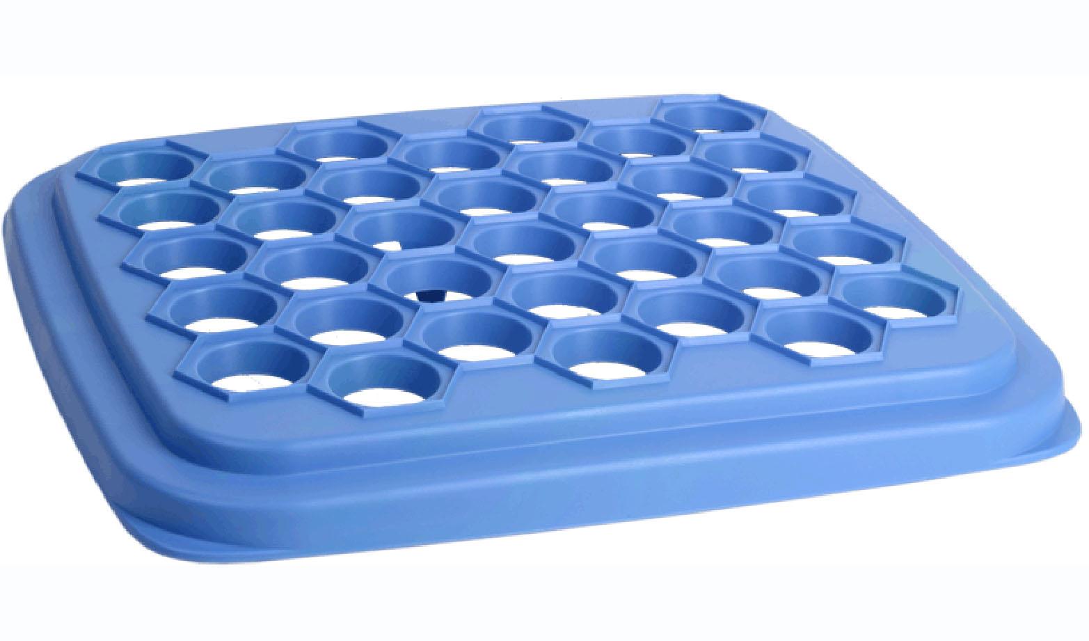 Пельменница Idea, цвет: сиреневый, 25,5 см х 28,5 см28.75.37Пельменница Idea, выполненная из полистирола, предназначена для быстрого и легкого приготовления пельменей. Использовать пельменницу очень просто: - раскатайте тесто, - положите на форму первый слой раскатанного теста, - разложите кусочки мяса, слегка утопив их в ячейках, - накройте вторым слоем теста и пройдитесь скалкой, - пельмени слеплены и отделены от формы. Пельменница Idea - это функциональное и необходимое в каждом доме приспособление. С ним готовка и лепка займет намного меньше времени, а пельмени получатся идеально ровной формы.Размер пельменницы: 25,5 см х 28,5 см х 3 см.Диаметр ячейки для пельменей: 3 см.