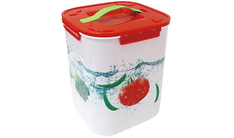 Контейнер для хранения Idea Овощи, 10 л95561Контейнер Idea Овощи выполнен из высококачественного полипропилена, предназначен для хранения различных вещей и мелких аксессуаров.Контейнер снабжен плотно закрывающейся крышкой с четырьмя фиксаторами. Изделие оснащено резиновой ручкой на крышке для удобной переноски.Объем контейнера: 10 л.
