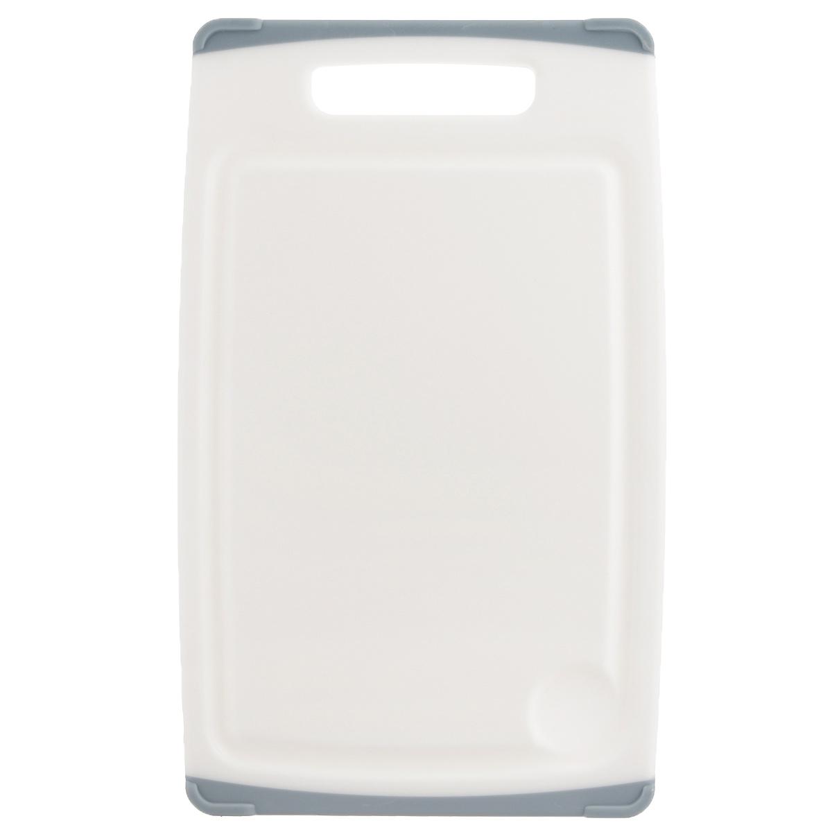 Доска разделочная Tescoma Cosmo, цвет: серый, 30 см х 20 смFS-91909Разделочная доска Tescoma Cosmo, изготовленная из высококачественного прочного пластика, станет незаменимым атрибутом приготовления пищи. Она идеально подходит для разделки мяса, рыбы, приготовления теста и нарезки любых продуктов. А особый дизайн краев с желобком способствует задерживанию жидкостей и остатков продуктов. Изделие оснащено прорезиненными цветными вставками с двух сторон для предотвращения скольжения по столу. Доска предназначена дляежедневного интенсивного использования. Не затупляет лезвия.Современный стильный дизайн и функциональность разделочной доски Tescoma Cosmo, позволит занять ей достойное место на вашей кухне.Можно мыть в посудомоечной машине.