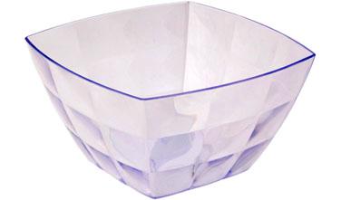 Салатник Idea Квадро, цвет: прозрачный, 750 мл115510Салатник Idea Квадро изготовлен из высококачественного пластика и предназначен для сервировки стола. В таком салатнике можно подать к столу конфеты, небольшие фрукты, различные салаты. Салатник Idea Квадро станет прекрасным дополнением к коллекции вашей кухонной посуды.