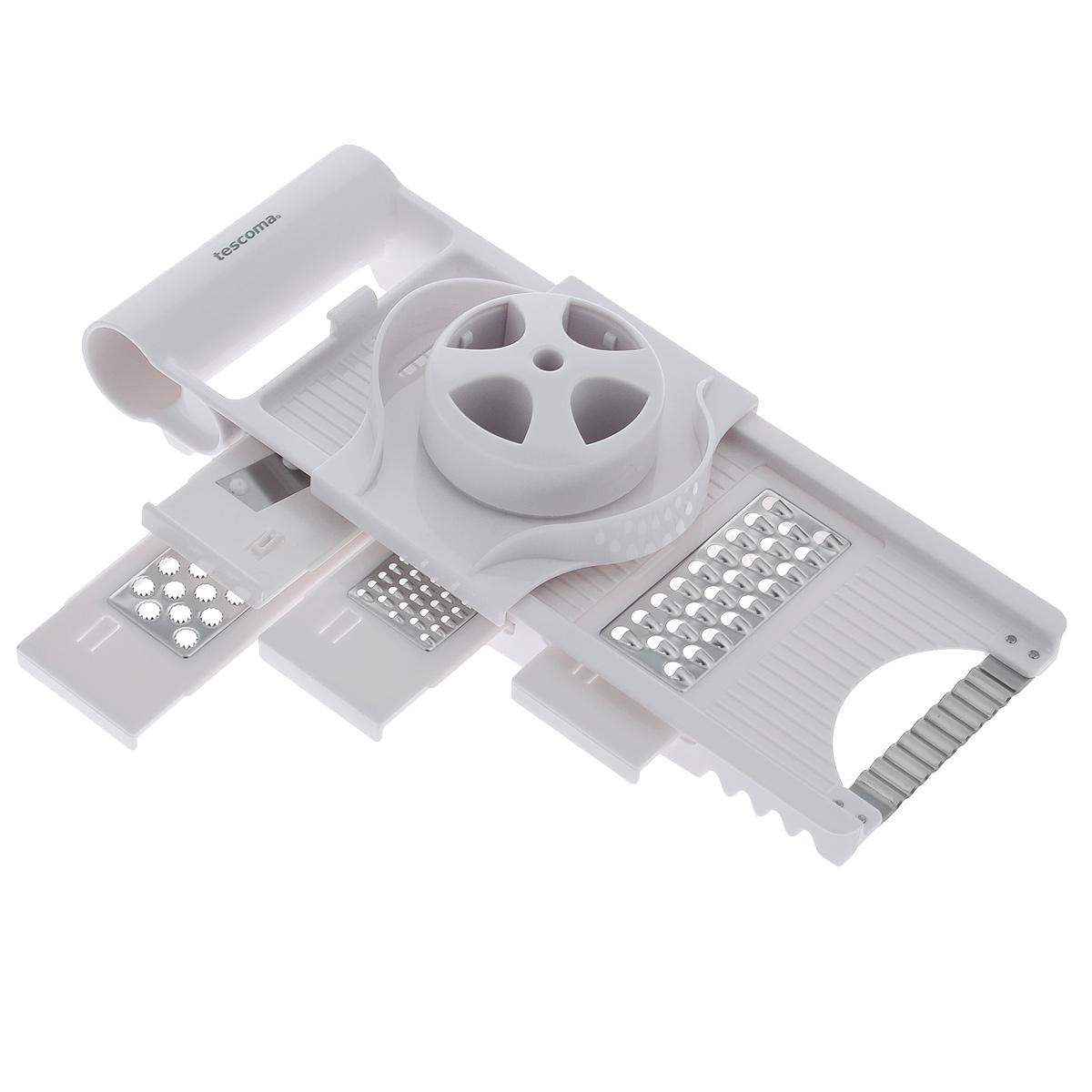 Терка многофункциональная Tescoma Handy115510Многофункциональная терка Tescoma Handy замечательна для нарезки на ломтики и измельчения продуктов. 4 сменных ножа и нож-волна изготовлены из первоклассной нержавеющей стали, остальные части из прочной пластмассы. Терка снабжена безопасным держателем для продуктов и массивной ручкой для удобного использования. С помощью такой терки вы сможете быстро нарезать или нашинковать картофель, перец, баклажаны, морковь, яблоки, приготовить салаты или детские овощные и фруктовые пюре.Каждая хозяйка оценит все преимущества этой терки. Очень практичный и современный дизайн делает изделие весьма простым в эксплуатации.