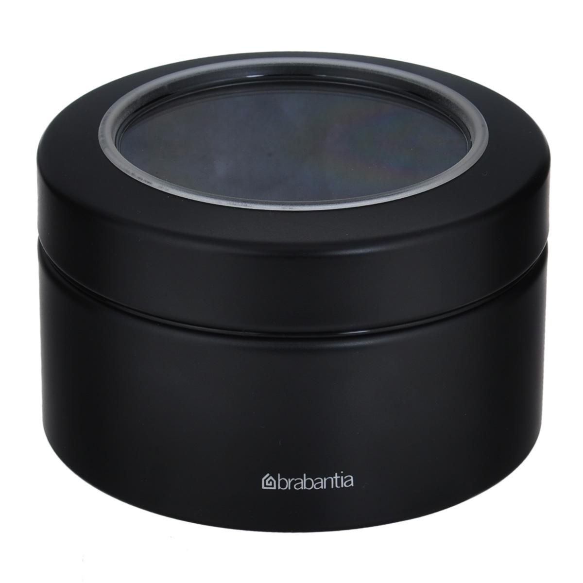 Контейнер Brabantia, цвет: черный, 500 млVT-1520(SR)Контейнер Brabantia прекрасно подойдет для хранения сладостей. Он изготовлен из нержавеющей стали. Контейнер оснащен крышкой с прозрачной вставкой из стекла, благодаря которой вы можете видеть содержимое. Удобный и легкий контейнер позволит вам хранить всевозможные сладости, а благодаря современному дизайну он впишется в любой интерьер.