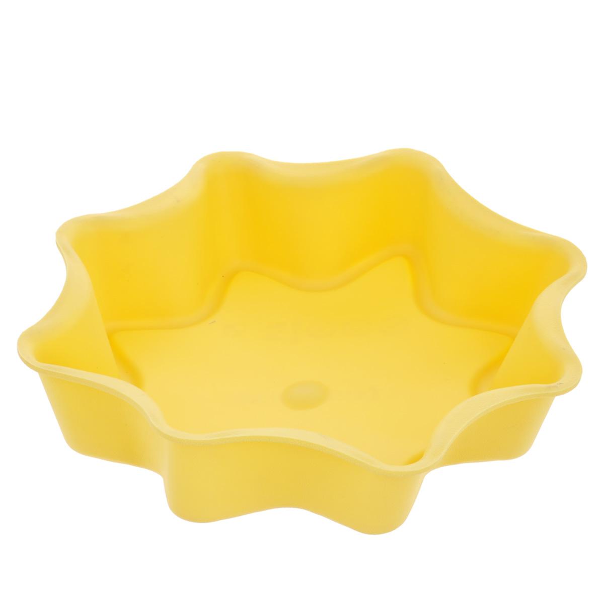 Форма для выпечки Tescoma Delicia Silicone, цвет: желтый, диаметр 28 см54 009312Форма Tescoma Delicia Silicone, выполненная в виде восьмиконечной звезды, будет отличным выбором для всех любителей выпечки. Благодаря тому, что форма изготовлена из силикона, готовую выпечку вынимать легко и просто. Форма прекрасно подходит для выпечки пирогов, тортов и других десертов. С такой формой вы всегда сможете порадовать своих близких оригинальной выпечкой. Материал изделия устойчив к фруктовым кислотам, может быть использован в духовках, микроволновых печах, холодильниках и морозильных камерах (выдерживает температуру от -40°C до 230°C). Антипригарные свойства материала позволяют готовить без использования масла.Можно мыть и сушить в посудомоечной машине. При работе с формой используйте кухонный инструмент из силикона - кисти, лопатки, скребки. Не ставьте форму на электрическую конфорку. Не разрезайте выпечку прямо в форме.
