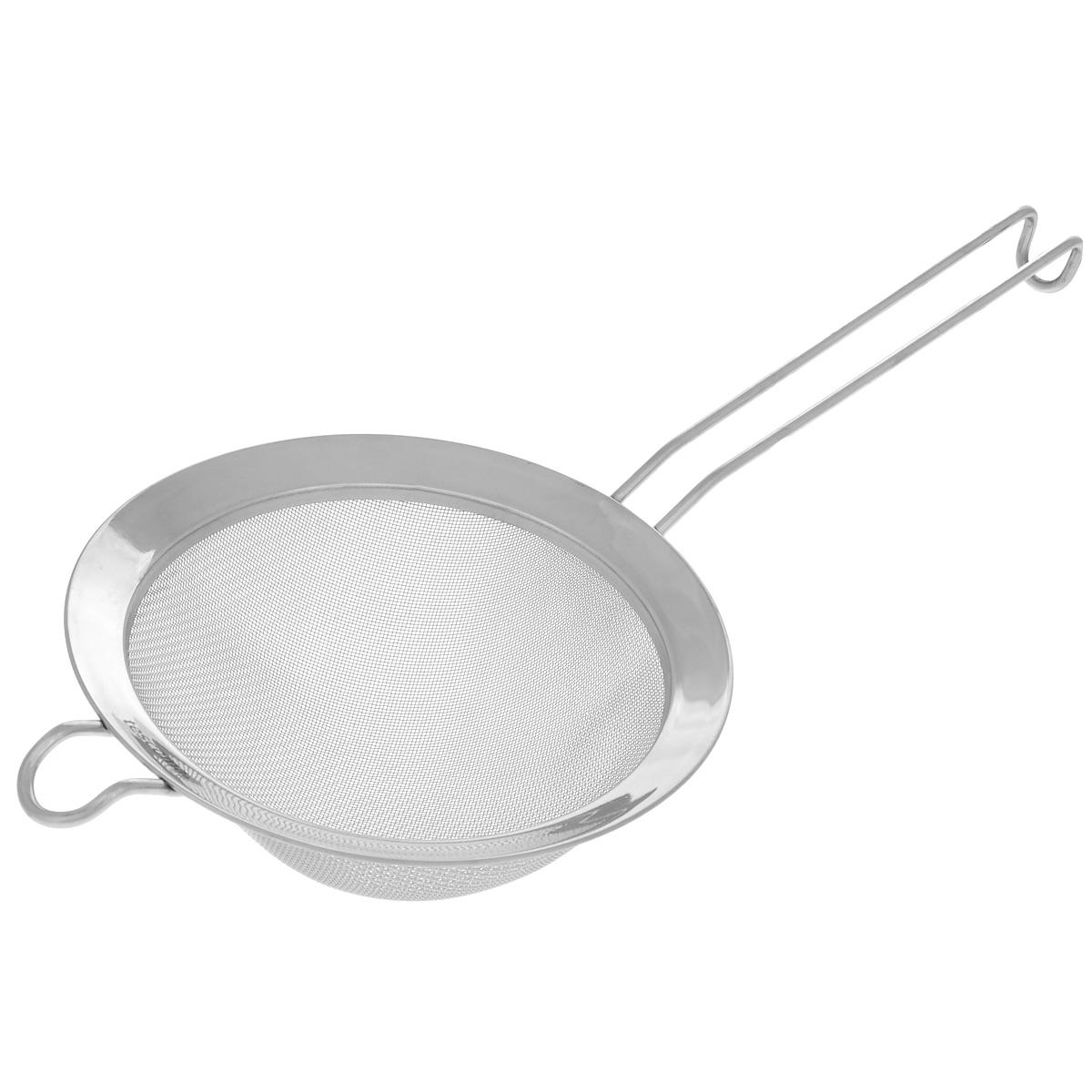 Сито Tescoma Chef, диаметр 16 см115510Сито Tescoma Chef, выполненное из высококачественной нержавеющей стали, станет незаменимым аксессуаром на вашей кухне. Удобная ручка-пруток не позволит выскользнуть изделию из вашей руки. Прочная стальная сетка и корпус обеспечивают изделию износостойкость и долговечность. Сито оснащено специальным ушком, за которое его можно подвесить в любом месте.Такое сито поможет вам процедить или просеять продукты и станет достойным дополнением к кухонному инвентарю.Можно мыть в посудомоечной машине.