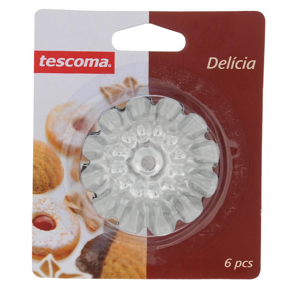 Набор форм для выпечки Tescoma Delicia, с антипригарным покрытием, диаметр 7 см, 6 шт68/5/3Набор Tescoma Delicia состоит из 6 круглых форм с волнистыми рельефными краями для выпечки кексов. Изделия выполнены из нержавеющей стали с антипригарным покрытием, которое предотвращает прилипание пищи. Это позволит легко извлечь выпечку из формы, просто перевернув ее. Формы замечательно подходят для приготовления кексов, сладкого, соленого печенья и других десертов. После использования вымойте и вытрите формы.Нельзя использовать в посудомоечной машине.Диаметр по верхнему краю: 7 см.
