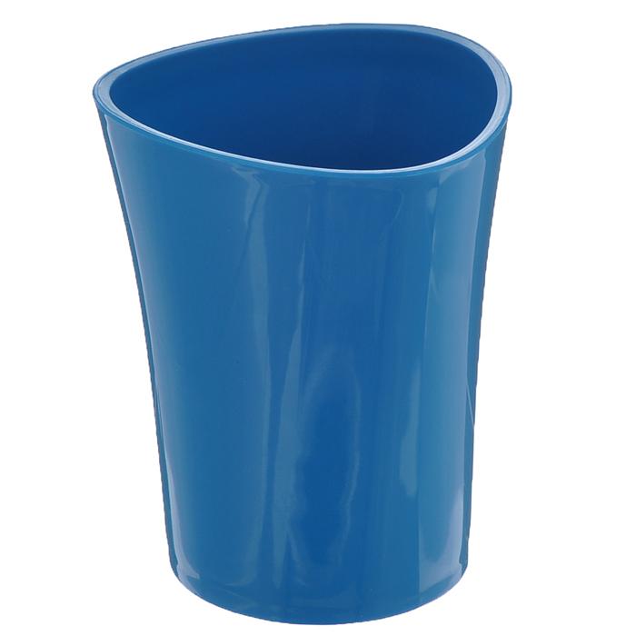 Стакан для зубных щеток Duschy Wiki Blue, цвет: синий, высота 10 см68/5/3Стакан для ванной комнаты Duschy Wiki White изготовлен из высококачественного пластика. В изделии удобно хранить зубные щетки, пасту и другие принадлежности. Такой аксессуар для ванной комнаты стильно украсит интерьер и добавит в обычную обстановку яркие и модные акценты.Размер стакана: 8 х 8 х 10 см.