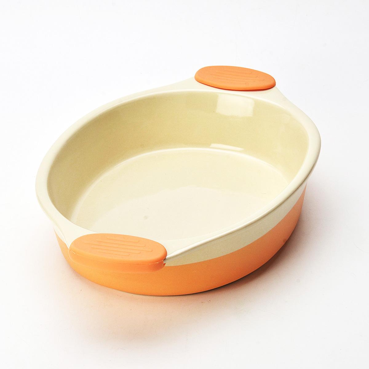 Форма для выпечки Mayer & Boch, овальная, цвет: оранжевый, 37 см х 24 см х 7 см54 009312Овальная форма для выпечки Mayer & Boch изготовлена из керамики с внутренним и внешним покрытием цветной глазурью. Керамическая посуда считается не только изысканной, но еще и полезной. Керамика не содержит вредных примесей ПФОК, что способствует здоровому и экологичному приготовлению пищи. Форма идеально подходит для приготовления пирогов, запеканок и других блюд, поскольку тепло распределяется равномерно. Изделие дополняют термостойкие ручки из силикона, которые позволяют не использовать прихватки. Подходит для использования в духовом шкафу. Не подходит для СВЧ-печей. Рекомендуется ручная чистка.Наслаждайтесь приготовлением пищи в вашей формой для выпечки. Высота стенки: 6,5 см. Толщина стенки: 6-7 мм. Толщина дна: 6-7 мм. Размер формы (с учетом ручек): 37 см х 24 см х 7 см. Размер формы (без учета ручек): 27 см х 20,5 см х 6,2 см.
