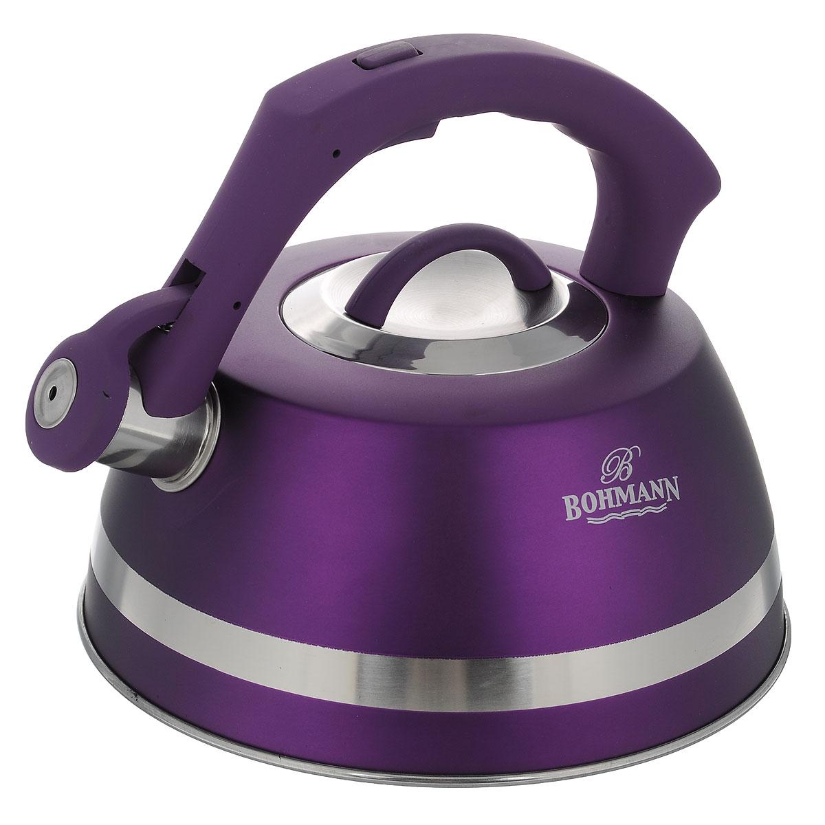 Чайник Bohmann со свистком, цвет: фиолетовый, 3,5 л. BH - 9967VT-1520(SR)Чайник Bohmann изготовлен из высококачественной нержавеющей стали с матовым цветным покрытием. Фиксированная ручка изготовлена из бакелита с прорезиненным покрытием. Носик чайника оснащен откидным свистком, звуковой сигнал которого подскажет, когда закипит вода. Свисток открывается нажатием кнопки на ручке.Чайник Bohmann - качественное исполнение и стильное решение для вашей кухни. Подходит для использования на газовых, стеклокерамических, электрических, галогеновых и индукционных плитах. Нельзя мыть в посудомоечной машине.