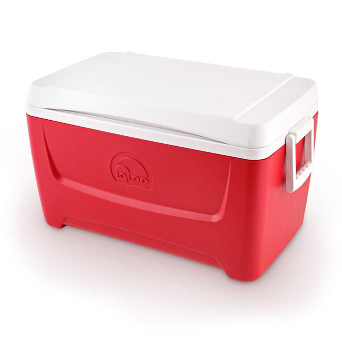 Изотермический контейнер Igloo Island Breeze, цвет: красный, 45 л9103500790Легкий и прочный изотермический контейнер Igloo Island Breeze, изготовленный из высококачественного пластика, предназначен для транспортировки и хранения продуктов и напитков. Корпус гладкий, эргономичного дизайна, ударопрочный. Поддержание внутреннего микроклимата обеспечивается за счет термоизоляционной прокладки из пены Ultra Therm, способной удерживать температуру внутри корпуса до 24 часов. Для поддержания температуры использовать с аккумуляторами холода. Контейнер имеет широко открывающуюся крышку для легкого доступа к продуктам. Крышка плотно и герметично закрывается. Крепкие ручки по бокам корпуса для удобства погрузки и разгрузки из багажника автомобиля. Такой контейнер можно взять с собой куда угодно: на отдых, пикник, кемпинг, на дачу, на рыбалку или охоту и т.д. Идеальный вариант для отдыха всей семьей.