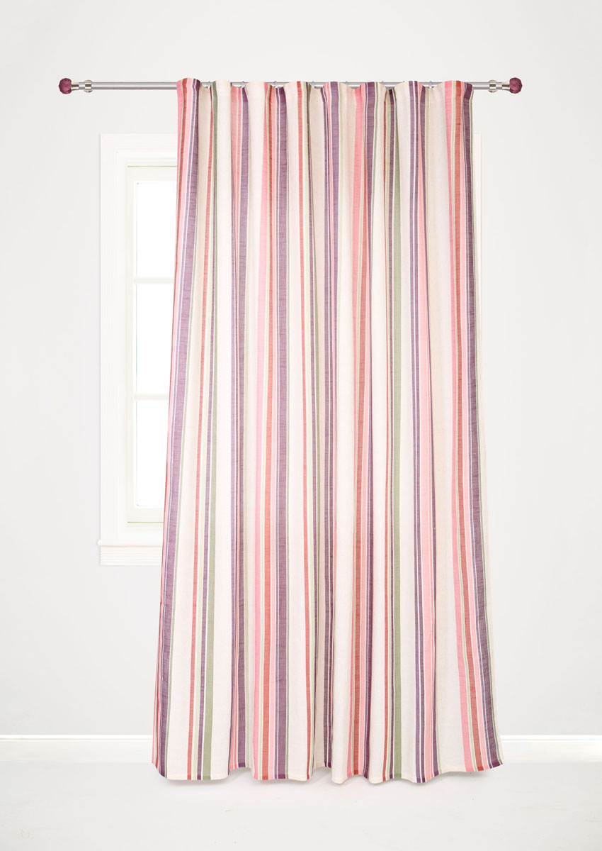 Штора готовая для гостиной Garden Decorato, на ленте, цвет: сиреневый, размер 200*280 см. С 8178 - W1222 V19UN111838690Роскошная портьерная штора Garden Decorato выполнена из ткани рогожка (93% полиэстера и 7% льна) с печатью. Материал плотный и мягкий на ощупь.Оригинальная текстура ткани и яркий принт в полоску привлекут к себе внимание и органично впишутся в интерьер помещения.Эта штора будет долгое время радовать вас и вашу семью!Штора крепится на карниз при помощи ленты, которая поможет красиво и равномерно задрапировать верх.