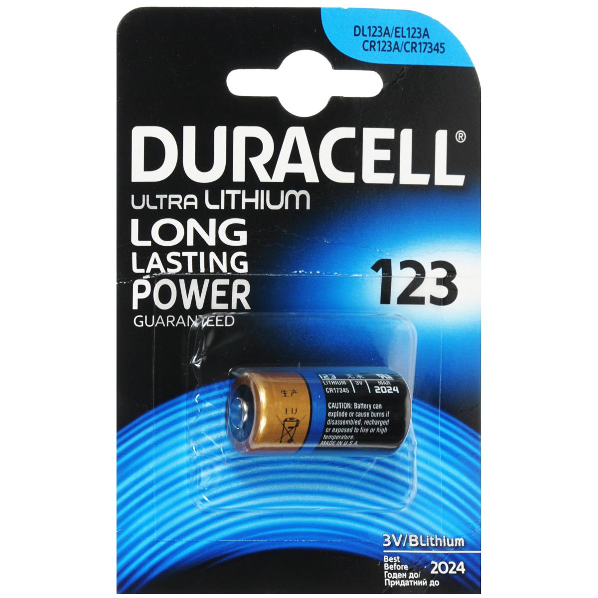 Батарейка литиевая Duracell Ultra. DRC-81476860тPLN-EL12Батарейка литиевая Duracell Ultra используется для фотоаппаратов с типразмером батареи DL123A / EL133A / CR123A / CR17345.Большинство из современных цифровых фотоаппаратов предъявляют серьёзные требования к таким характеристикам батареек, как емкость и способность к быстрому возобновлению энергии. В качестве ответа на эту всё возрастающую потребность появились специальные литиевые батарейки для фотоаппаратов, лидером в производстве которых является Duracell. Литиевые элементы питания характеризуют:высокая мощность, что позволяет использовать их для фототехники;более высокое напряжение, чем источники тока других электрохимических систем (3В);низкий уровень саморазряда; длительный срок хранения (10 лет);широкий диапазон рабочих температур.Не разбирать, не перезаряжать, не подносить к открытому огню. Не устанавливать одновременно новые и использованные батарейки, а также батарейки различных марок, систем и типов. При установке соблюдать полярность (+/-). Хранить в недоступном для детей месте.