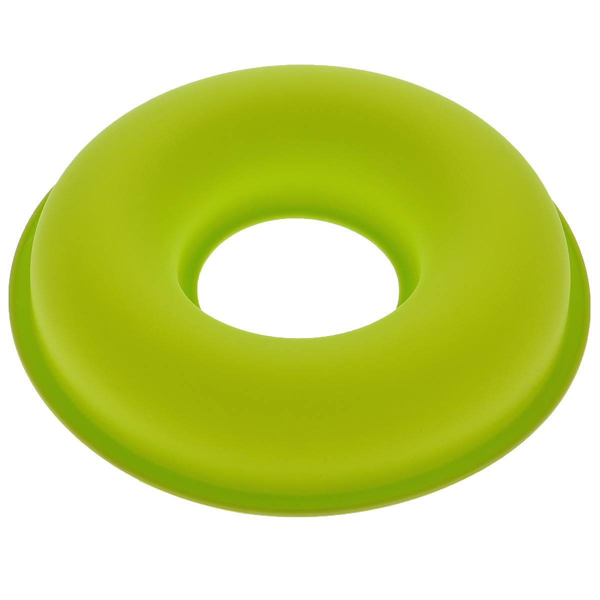 Форма для выпечки Bekker Круг, силиконовая, цвет: салатовый, диаметр 26,5 см391602Форма для выпечки Bekker Круг изготовлена из силикона. Силиконовые формы для выпечки имеют много преимуществ по сравнению с традиционными металлическими формами и противнями. Они идеально подходят для использования в микроволновых, газовых и электрических печах при температурах до +250°С; в случае заморозки до -50°С. Можно мыть в посудомоечной машине. За счет высокой теплопроводности силикона изделия выпекаются заметно быстрее. Благодаря гибкости и антиприлипающим свойствам силикона, готовое изделие легко извлекается из формы. Для этого достаточно отогнуть края и вывернуть форму (выпечке дайте немного остыть, а замороженный продукт лучше вынимать сразу). Силикон абсолютно безвреден для здоровья, не впитывает запахи, не оставляет пятен, легко моется.Форма для выпечки Bekker Круг - практичный и необходимый подарок любой хозяйке!