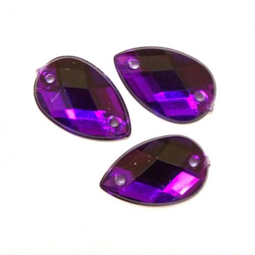 Стразы пришивные Астра, цвет: пурпурный (22), 18 х 13 мм, 6 шт. 77016567701649_01 прозрачныйНабор страз Астра, изготовленный из акрила, позволит вам украсить одежду и аксессуары. Стразы оригинального и яркого дизайна в виде капель оснащены отверстиями для пришивания.Украшение стразами поможет сделать любую вещь оригинальной и неповторимой. Размер: 18 х 13 мм.