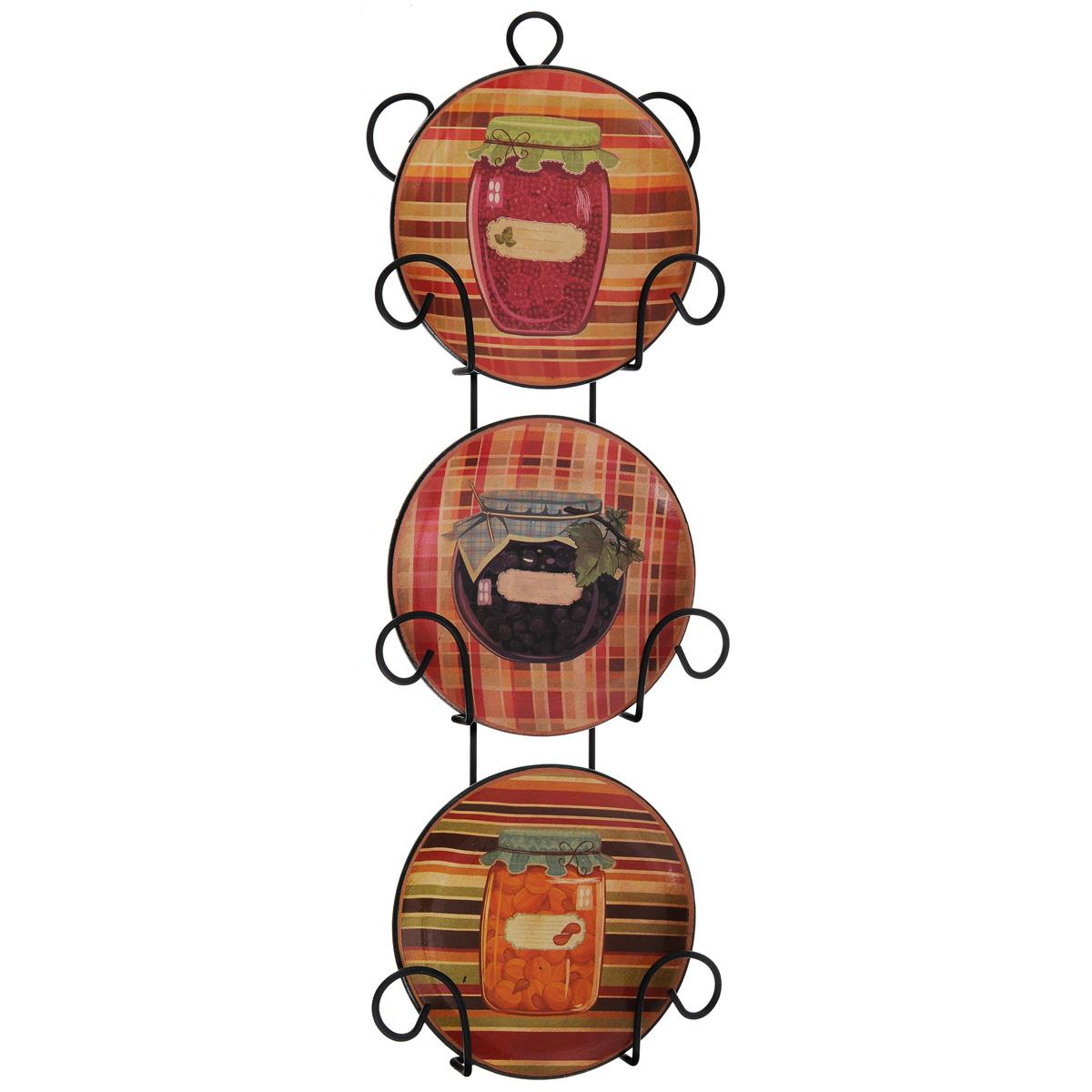 Набор декоративных тарелок Разносолы, диаметр 10 см, 3 шт121921Набор из трех декоративных тарелок с ярким рисунком украсят практически любое ваше помещение, будь то кухня, столовая, гостиная, холл и будут являться необычным дизайнерским решением. Тарелки выполнены из доломитовой керамики, подставка в виде вертикальной этажерки,благодаря которой сувенир удобно и быстро крепится к стене, - из черного металла. Каждая тарелочка, декорированная изображениями баночек с разносолами, помещается в отдельную нишу. Очаровательный набор декоративных тарелок - замечательный подарок друзьям и близким людям. Размер тарелки (без подставки): 10 см х 10 см х 1,5 см. Размер сувенира с подставкой: 2,5 см х 11,5 см х 33 см.