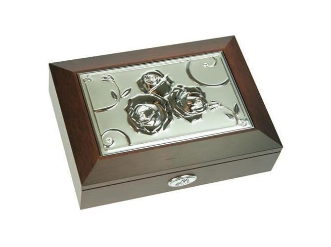 Шкатулка Moretto. 3984739870Оригинальная шкатулка Русские подарки MORETTO 39847 сохранит ваши ювелирные изделия в первозданном виде. С ней вы сможете внести в интерьер частичку элегантности. Данная модель выполнена из качественных материалов и станет оригинальным подарком. Характеристики: Материал: металл, стекло, текстиль, МДФ.Размер шкатулки: 18 см x 12,5 см x 4,5 см.Размер вставки: 13,5 см x 8,5 см.Размер зеркала: 12 см x 7 см.Размер упаковки: 19 см x 14,5 см x 6,5 см.Производитель:Италия.Артикул:39847.