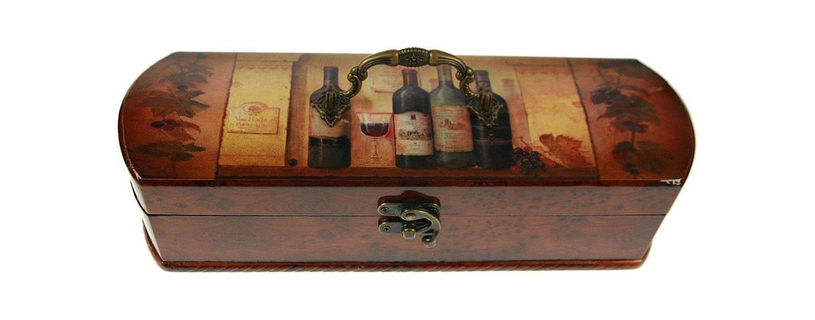 Шкатулка Сундучок под бутылку 36*12*10см 34762290239-048Шкатулка Русские подарки Сундучок 34762 предназначена для хранения бутылок с вином. Она не оставит равнодушным ни одного любителя оригинальных вещей. Данная модель надежно закрывается на металлический замок. Сочетание оригинального дизайна и функциональности делает такую вещь практичным, стильным подарком и предметом гордости ее обладателя. Материал: MDF, бумага, эл. металла; цвет: коричневый