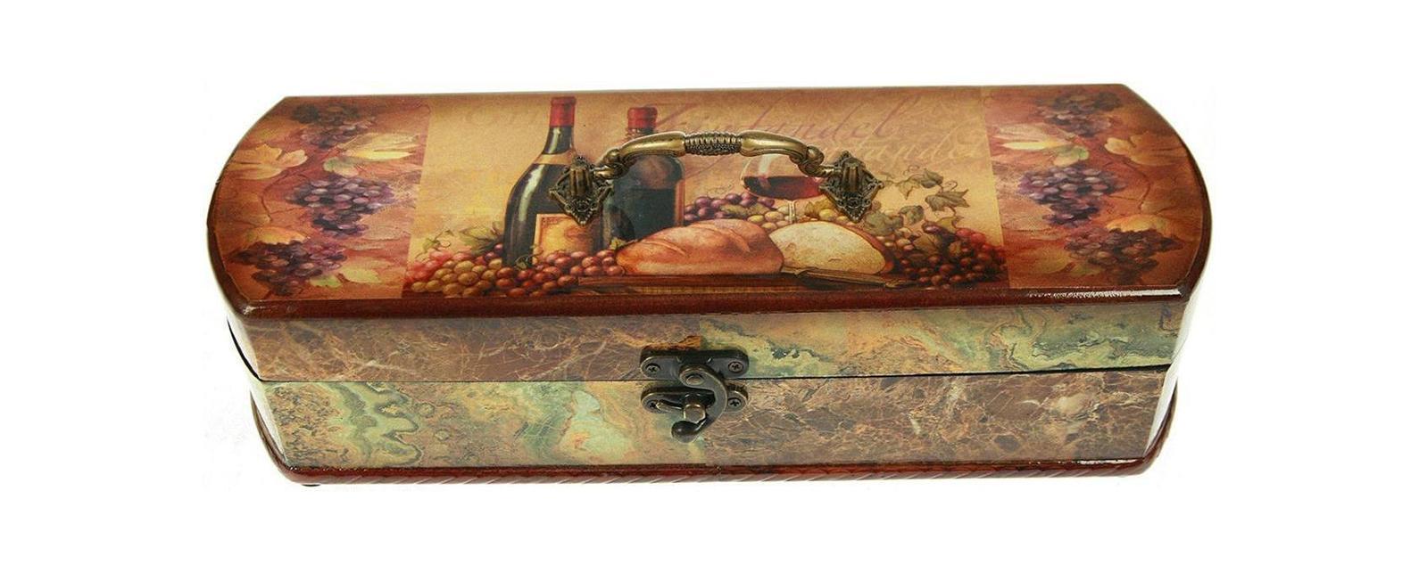 Шкатулка Сундучок под бутылку 36*12*10см 34763FS-91909Шкатулка Русские подарки Сундучок 34763 предназначена для хранения бутылок с вином. Она не оставит равнодушным ни одного любителя оригинальных вещей. Данная модель надежно закрывается на металлический замок. Сочетание оригинального дизайна и функциональности делает такую вещь практичным, стильным подарком и предметом гордости ее обладателя. Материал: MDF, бумага, эл. металла; цвет: бежевый