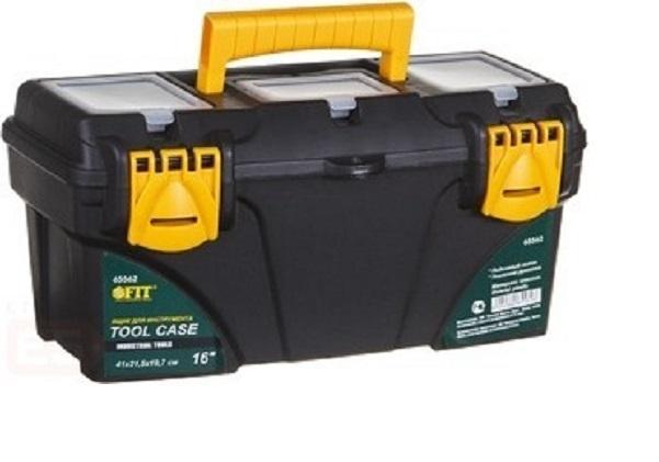 Ящик для инструментов пластиковый FIT, 53 см х 27,5 см х 29 смHF000011Ящик FIT 65564 предназначен для хранения и транспортировки инструмента, крепежа, мелких элементов и электродеталей. Данная модель отличается вместительными и оптимальными габаритами.Также, ящик FIT 65564 оснащен усиленной рукояткой для транспортировки и имеет три органайзера с крышкой. Характеристики: Материал:пластик. Размеры ящика: 53 см х 27,5 см х 29 см. Глубина ящика: 22,5 см. Размеры лотка (без учета ручки): 52,5 см х 25 см х 6,5 см. Размеры упаковки: 53 см х 27,5 см х 29 см.