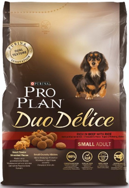Корм сухой Pro Plan Duo Delice для собак мелких и карликовых пород, с говядиной и рисом, 700 г0120710Сухой корм Pro Plan Duo Delice - это полнорационный корм для взрослых собак мелких и карликовых пород. Это первый корм для собак, сочетающий в себе безупречные питательные свойства вместе с исключительным вкусом. Он состоит из уникального комплекса питательных хрустящих гранул и нежных измельченных кусочков мяса, которые собаки просто обожают. Состав: говядина (17%), пшеница, кукуруза, сухой белок птицы, животный жир, пшеничный глютен, сухая мякоть свеклы, рис (4%), минеральные вещества, вкусоароматическая кормовая добавка, пропиленгликоль, яичный порошок, рыбий жир, солодовая мука, витамины. Добавленные вещества (на 1 кг): витамин А 28200 МЕ; витамин D3 920 МЕ; витамин Е 550 МЕ; витамин С 140 мг; железо 75 мг; йод 1,9 мг; медь 10 мг; марганец 35 мг; цинк 140 мг; селен 0,12 мг. Технологические добавки: экстракт токоферолов натурального происхождения 60 мг/кг. Гарантируемые показатели: белок 27%, жир 17%, сырая зола 8%, сырая клетчатка 2%. Товар сертифицирован.