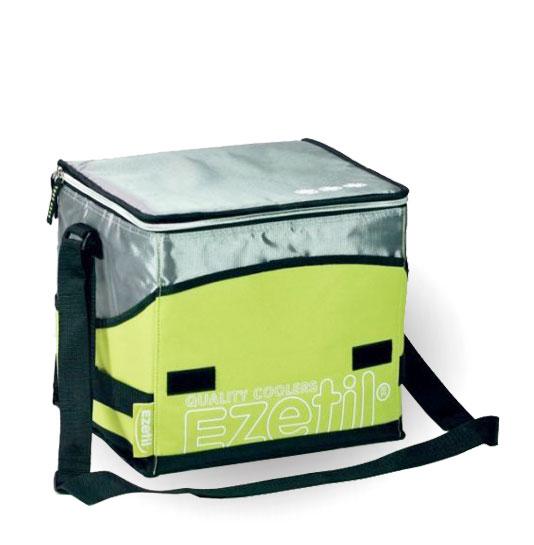 Сумка-холодильник Ezetil KC Extreme, цвет: зеленый, 16 л96281389Изотермическая сумка-термос Ezetil KC Extreme, изготовленная из ПВХ,идеально подходит для работы и путешествий. Сумка предназначена для транспортировки и сохранения охлажденных продуктов питания. Имеет 14 часовой период охлаждения. Для поддержания температуры обязательно использовать с аккумуляторами холода (докупается отдельно).Такая компактная и вместительный сумка послужит отличным аксессуаром во время походов на пикник или путешествий!Объем: 16 л.
