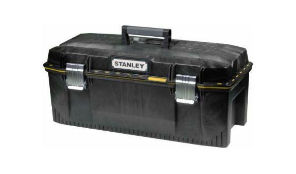 Ящик для инструментов Stanley FatMax, влагозащитный, 2398293777Ящик для инструмента профессиональный FatMax из структулена влагозащитный повышенной прочности и емкости предназначен для хранения и переноски инструментов.Водозащитное уплотнение по периметру ящика для исключительной защиты содержимого.Переносной лоток для транспортировки инструмента и мелких деталей, при этом в ящике остается место под крупный инструмент, поскольку длина лотка составляет всего 3/4 от длины ящика.Изготовлен из структулена для обеспечения жесткости и прочности.Большие металлические с защитой от коррозии замки с возможностью использования навесного замка (в комплект поставки не входит). V-образный паз в крышке ящика для удобства расположения детали при пилении.Прочная эргономичная ручка с мягкими вставками позволяет с легкостью переносить тяжелые вещи. Характеристики: Материал:структулен. Размеры ящика: 58,4 x 30,5 x 26,7 см. Глубина ящика: 19 см. Размеры лотка: 38 см х 25 см х 3 см. Размеры упаковки: 58,4 x 30,5 x 26,7 см.