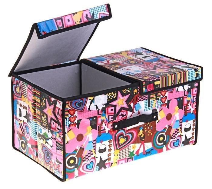 контейнер для хранения (жесткий) Модница 50*30*25см,2 отделения с 2 крышками 709731RG-D31SДекоративный контейнер - отличный способ для хранение вещей!Благодаря универсальности изделия, в контейнере можно хранить самые разнообразные вещи: бижутерию, лекарства, швейные принадлежности.Такой контейнер поможет держать вещи в порядке. Декоративный контейнер даст Вам возможность сохранить все в одном месте, а также защитить вещи от пыли, грязи и влаги. Материал: Клеёнка на флизелине,картон